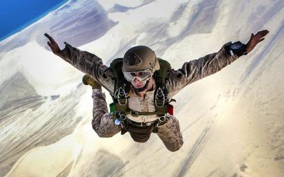 skydiving-678168_960_720